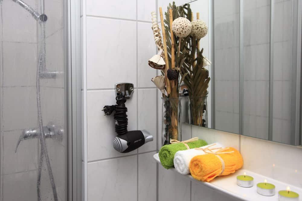 Kamar Single Ekonomi, kamar mandi umum - Kamar mandi