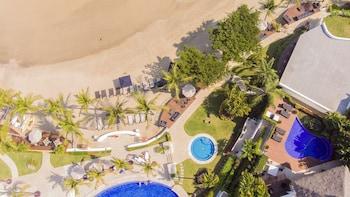 Hình ảnh Vallarta Gardens Beach Front Hotel & Residences tại La Cruz de Huanacaxtle