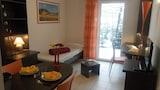 בחרו מלון 2 כוכבים זה בSaint-Priest-en-Jarez