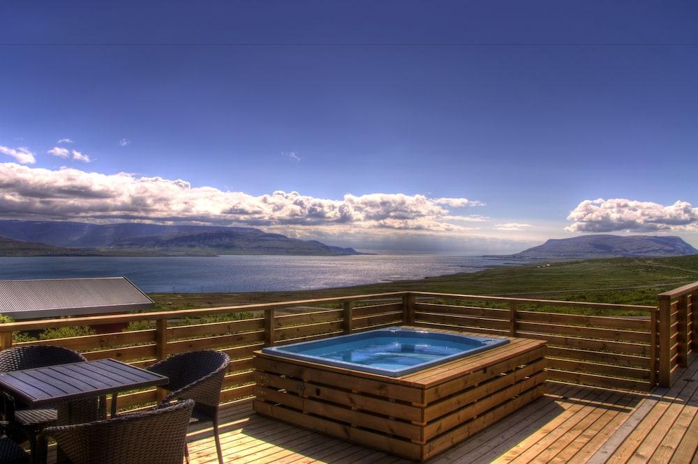 Villa exclusiva, 2 habitaciones, baño privado (with hot tub) - Habitación