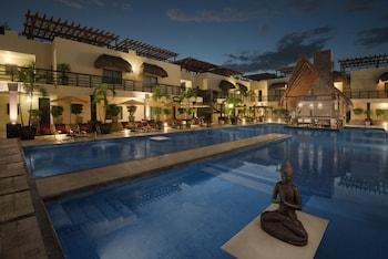 Picture of Aldea Thai Luxury Condohotel in Playa del Carmen