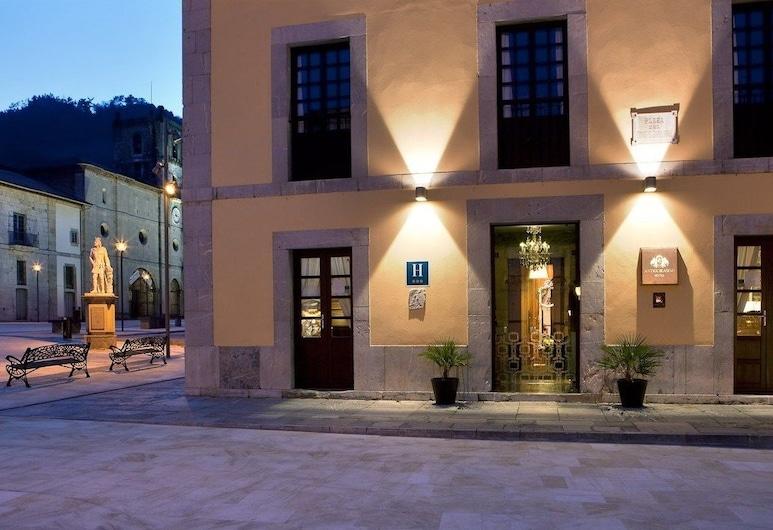 Antiguo Casino Hotel, Pravia