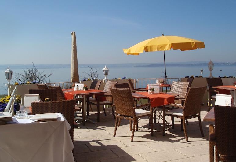 Seehotel Off, Meersburg, Restaurante al aire libre