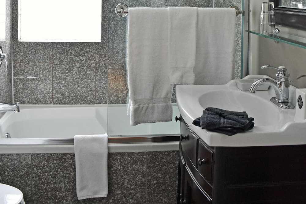 ห้องพัก, เตียงควีนไซส์ 1 เตียง (Granny Smith) - ห้องน้ำ
