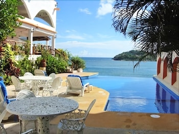 Picture of Casa Sun and Moon in Zihuatanejo