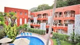 Choose This 2 Star Hotel In Zihuatanejo