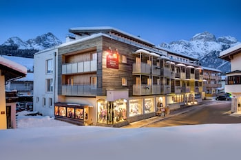 Enter your dates to get the Maria Alm am Steinernen Meer hotel deal