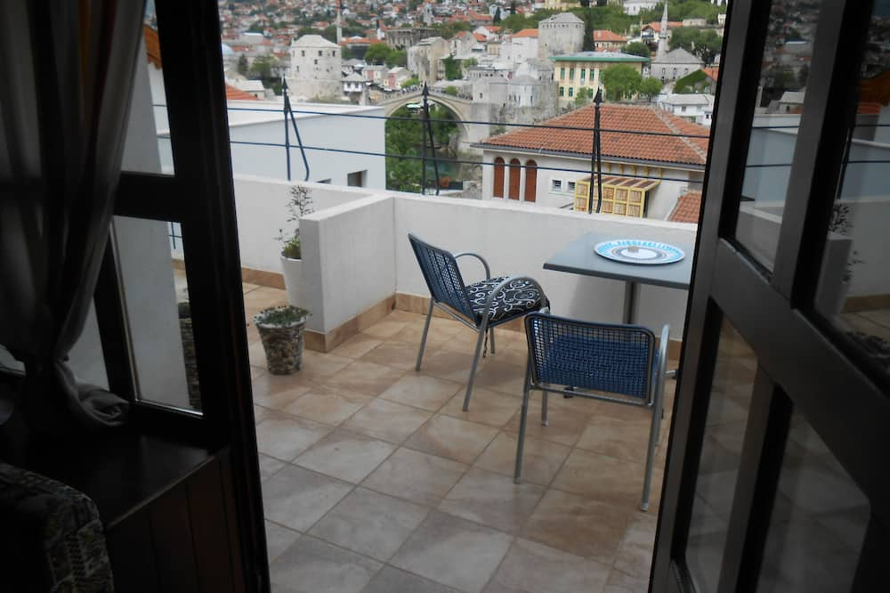 Deluxe-Dreibettzimmer, Terrasse - Balkon