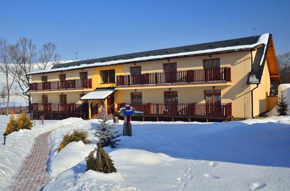 Sojka Resort - Hotel & Drevenice, Malatiny