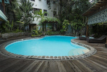 Picture of The Legend Villas in Mandaluyong