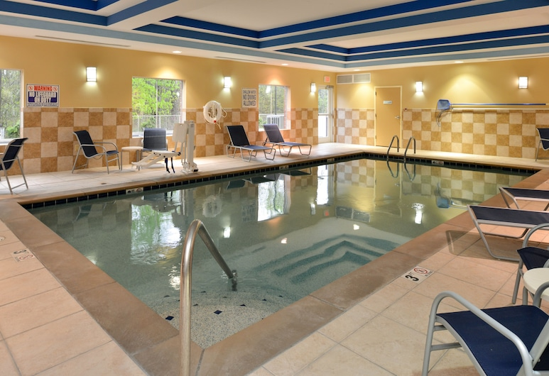 Holiday Inn Express Columbia, Columbia, Pool