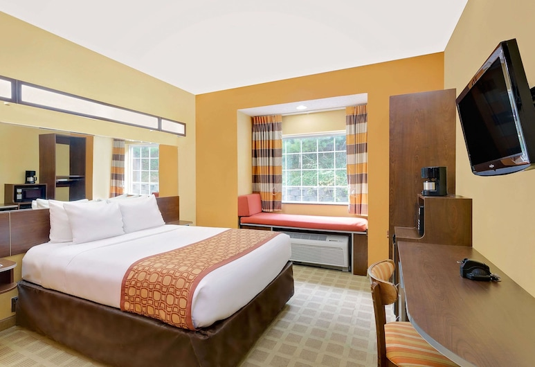 Microtel Inn & Suites by Wyndham Princeton, Princeton, Standard Room, 1 Queen Bed, Guest Room