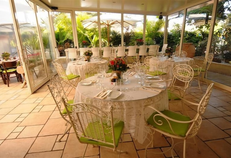Villa Carmel Boutique Hotel, Haifa, Terrace/Patio