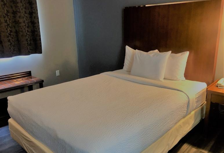 Canadas Best Value Inn & Suites Kamloops, Kamloops, Standard Room, 1 Queen Bed, Guest Room