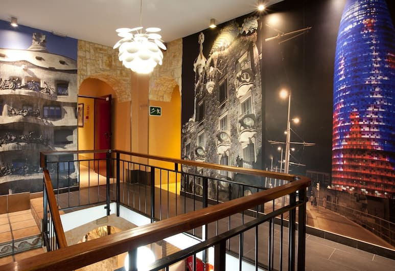 Hostal Fernando, Barselóna, Inni á hótelinu