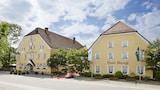 Reserve this hotel in Vaterstetten, Germany