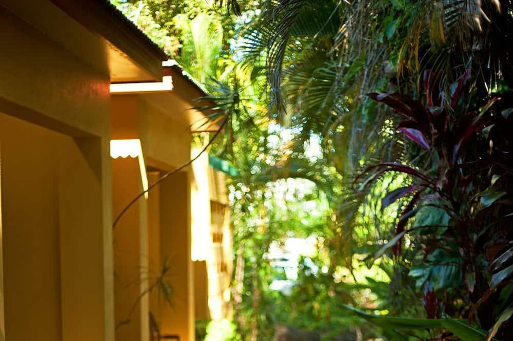Kotedžas, 1 didelė dvigulė lova, vaizdas į sodą - Terasa / vidinis kiemas