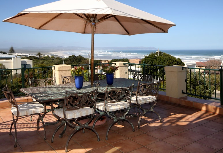 Lavender Manor Guest Lodge, Hermanus, Terras