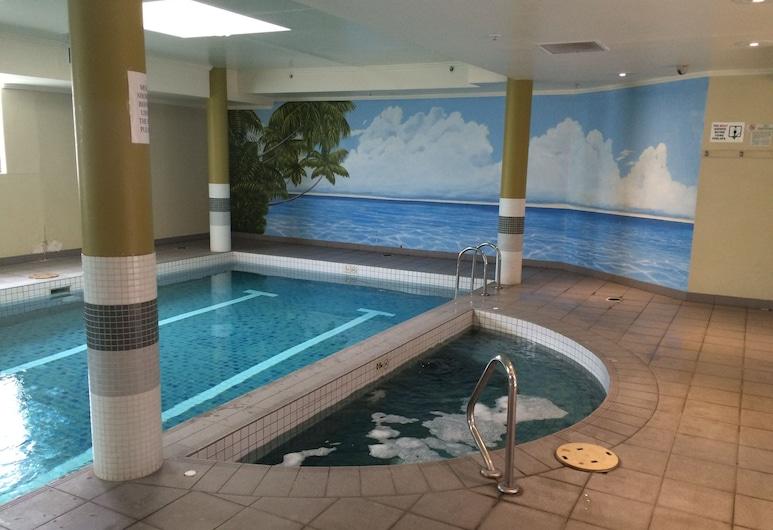 Fiori Apartments, Parramatta, Pool