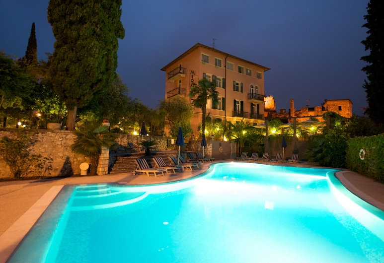 Hotel Villa Miravalle, Riva del Garda, Outdoor Pool