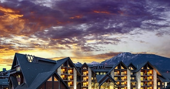 Picture of Grande Rockies Resort - Bellstar Hotels & Resorts in Canmore