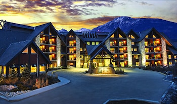 Gambar Grande Rockies Resort - Bellstar Hotels & Resorts di Canmore