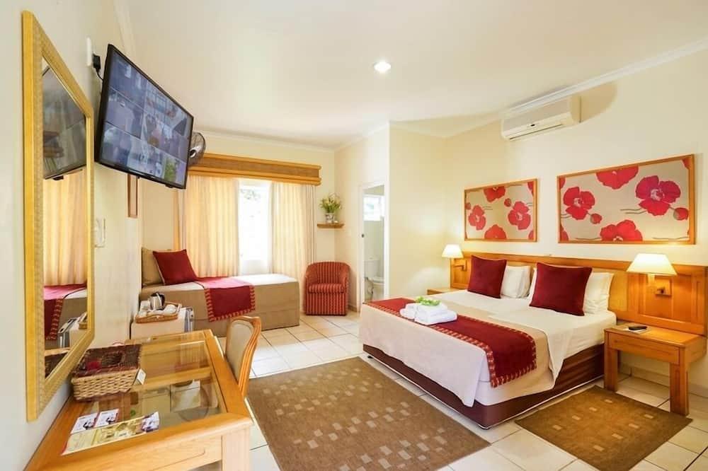 Habitación (Double or Twin Room with Extra Bed) - Vista al jardín