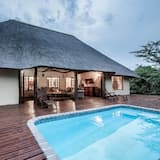 Cottage - Outdoor Pool