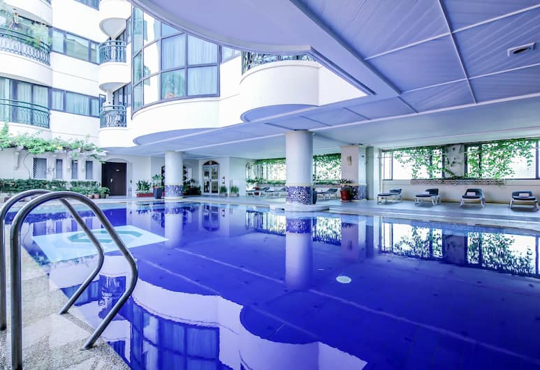 Makati Palace Hotel, Makati, Açık Yüzme Havuzu
