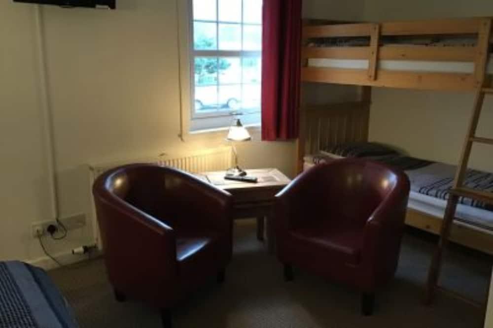 Camera familiare (2 Adults + 2 Children) - Area soggiorno