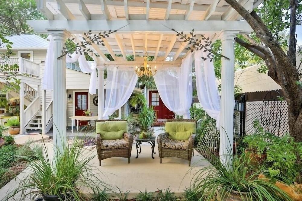 Londonderry Suite - Terrace/Patio