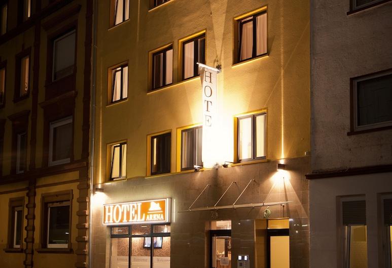 Hotel Arena Messe Frankfurt, Frankfurt, Otelin Önü - Akşam/Gece