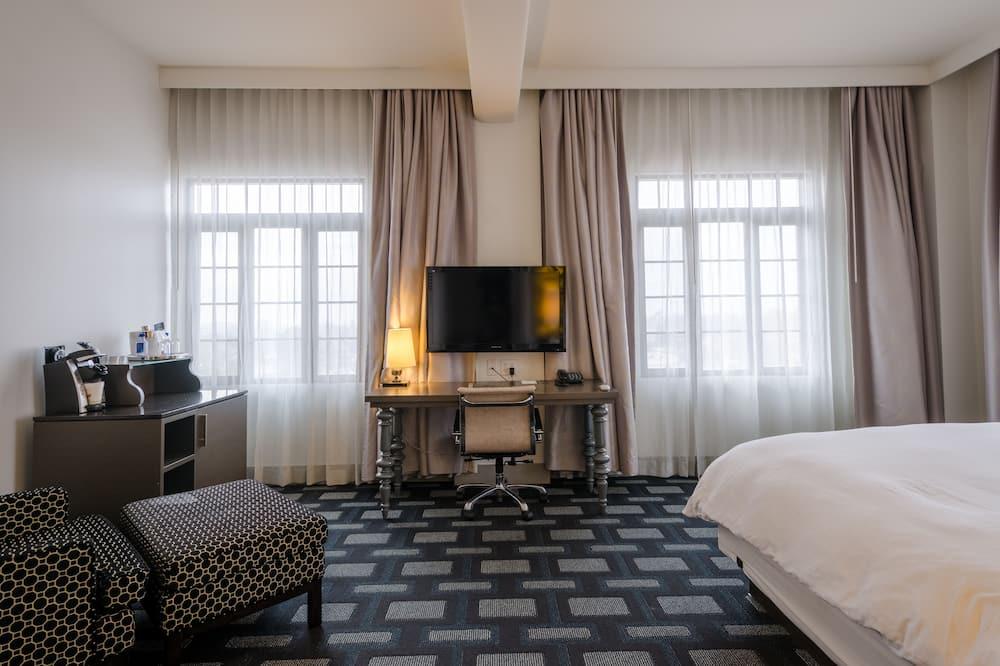Satu Tempat Tidur King (Maverick Room) - Area Keluarga