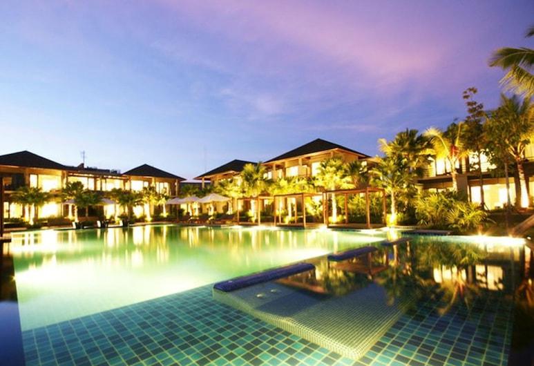 帕塔拉渡假村和水疗中心, 彭世洛, 室外游泳池