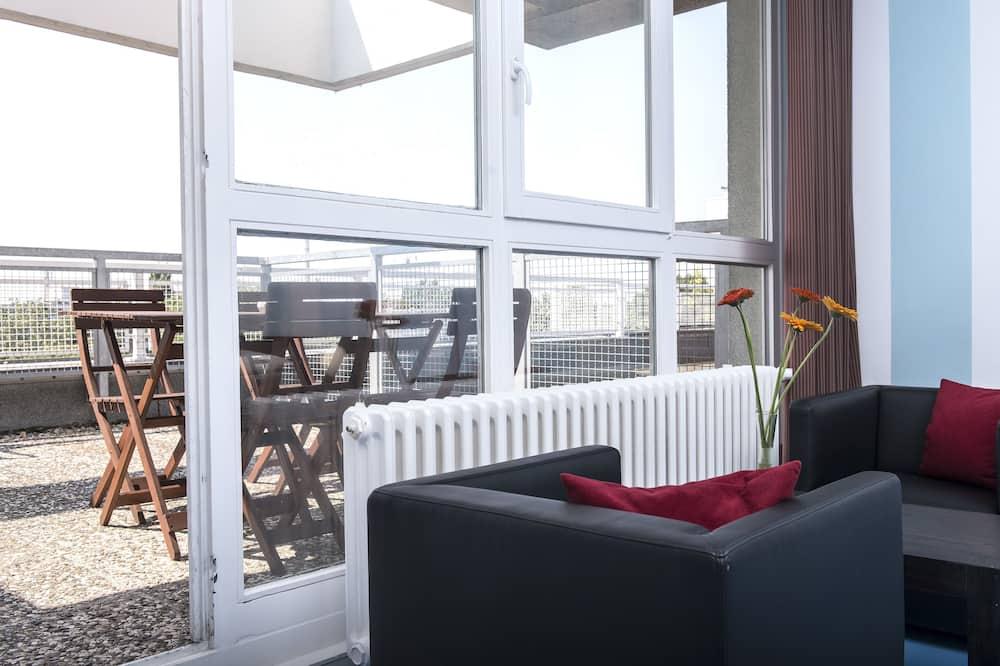 Апартаменти, 2 спальні, тераса - Балкон