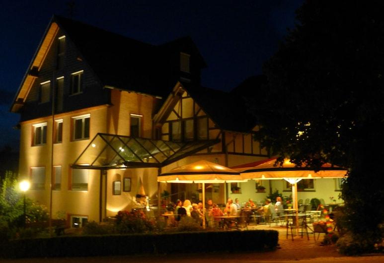 Waldesblick Hotel & Ferienwohnungen, Lahr, Pročelje hotela – navečer/po noći