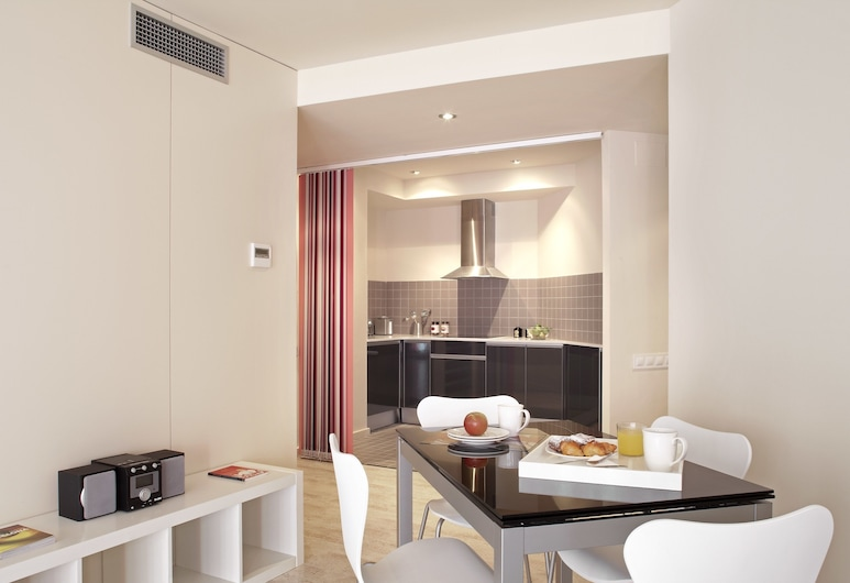 The Urban Suites, Barcelone, Suite (3 Adults), Chambre