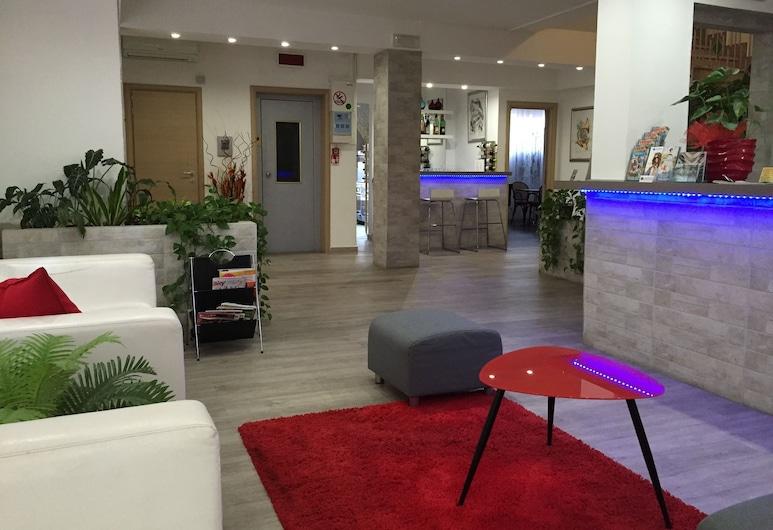 Capitol, Pisa, Lobby