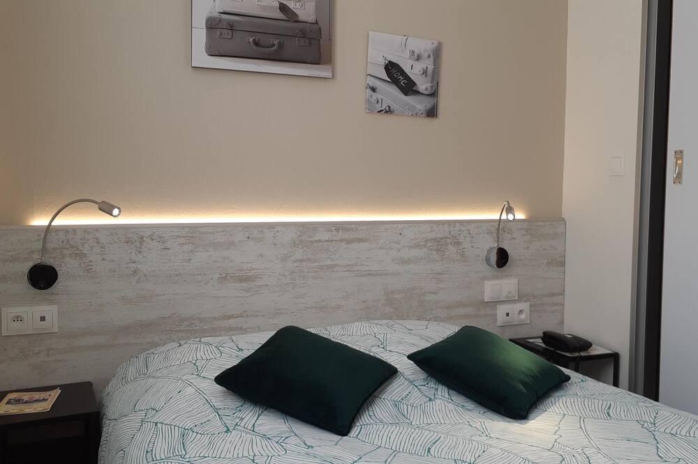 Tweepersoonskamer (with shower) - Kamer