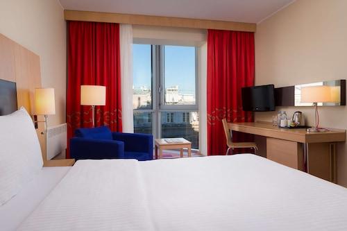 涅夫斯基麗柏飯店/