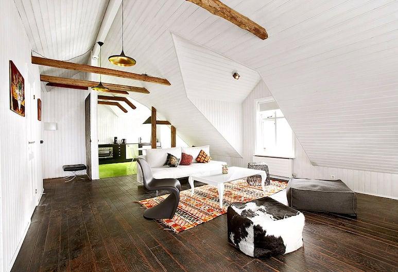 Apartment K, Reykjavik, Deluxe Apartment, 1 Bedroom, Living Area