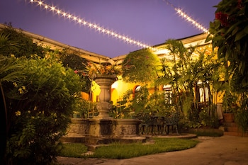 Enter your dates to get the Antigua Guatemala hotel deal