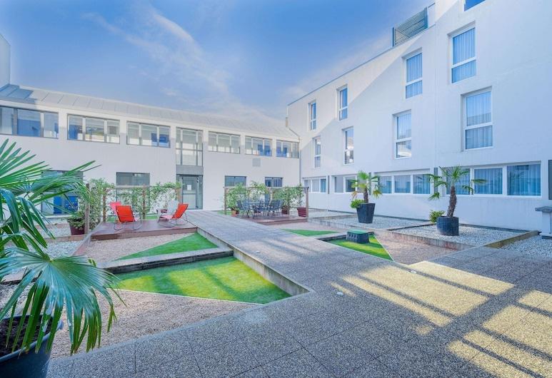 坡德龙凯富全套房酒店, 伊德伦, 套房, 游泳池