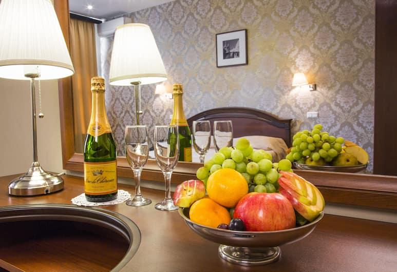 M Hotel, Sankt Petersburg, Luxury-Zimmer, Zimmer