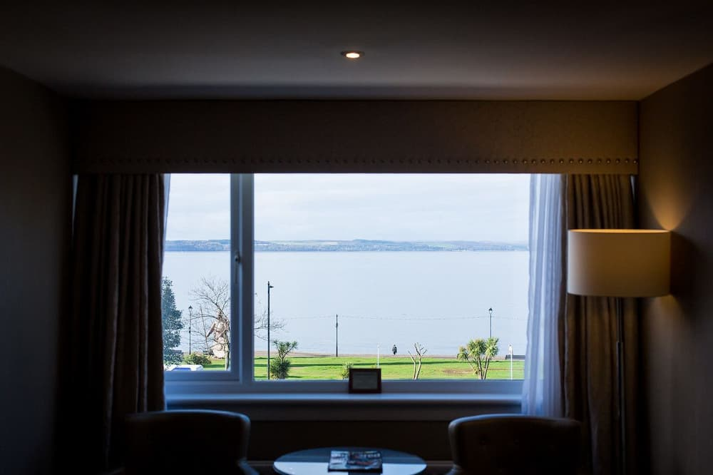 Deluxe Twin Room (Front Facing) - Guest Room View