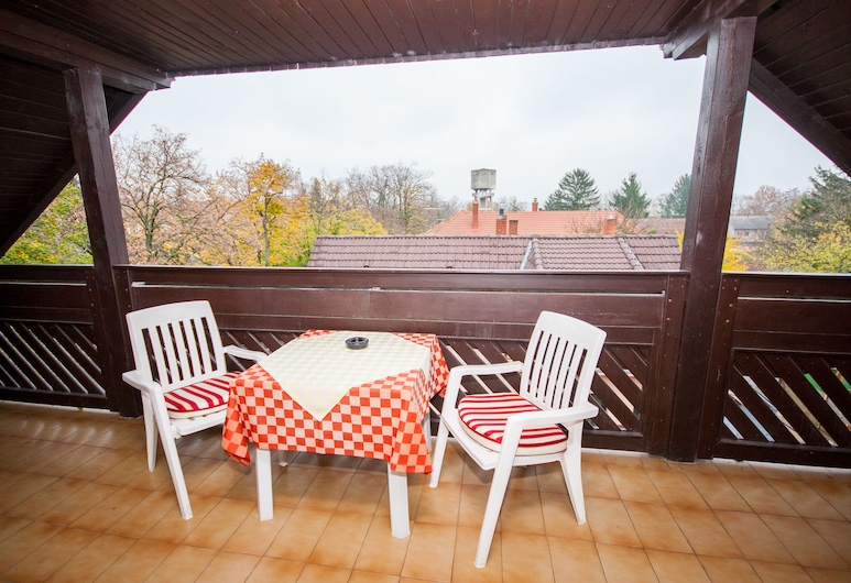Korona Pension Restaurant, Heviz, Double Room with Extra Bed, Balkon