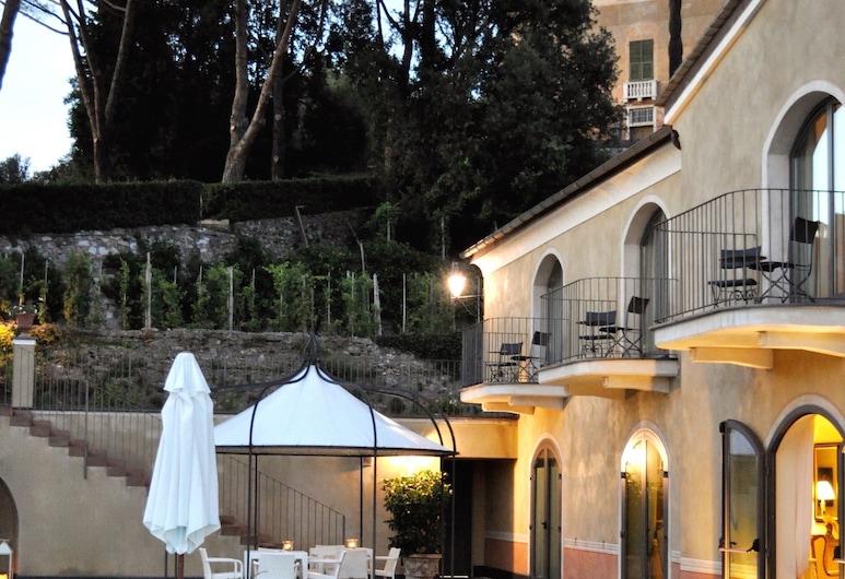 Villa Agnese, Sestri Levante, Extérieur