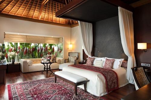 Book The Royal Santrian In Nusa Dua Hotels Com