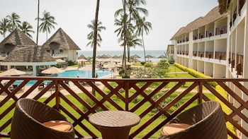 Picture of DoubleTree Resort by Hilton Zanzibar - Nungwi in Nungwi