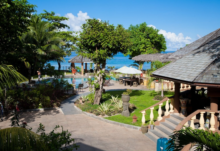 卡斯楚海滩酒店, 普拉兰岛